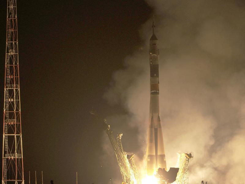 Nga phóng tàu liên hợp đưa 3 nhà du hành lên ISS