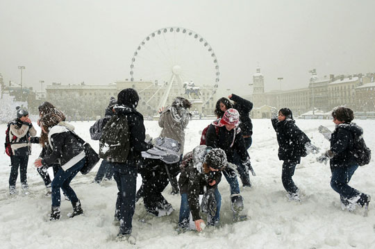 Châu Âu lạnh cóng do biến đổi khí hậu?
