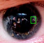 Nhận diện kẻ thủ ác từ ánh mắt của nạn nhân trong bức ảnh