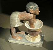 Phát hiện ngôi mộ của người nấu rượu Ai Cập cổ đại ở Luxor