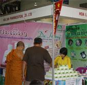 Thuốc ho Bảo Thanh - vững bước trên thị trường nước bạn Lào