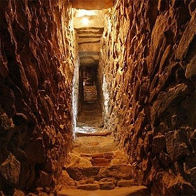 """Khảo cổ khu tra tấn tù nhân """"địa ngục"""" thời cổ đại"""