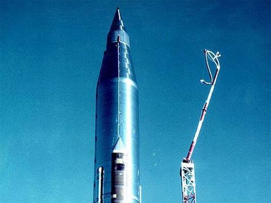 Score - vệ tinh liên lạc đầu tiên trên thế giới