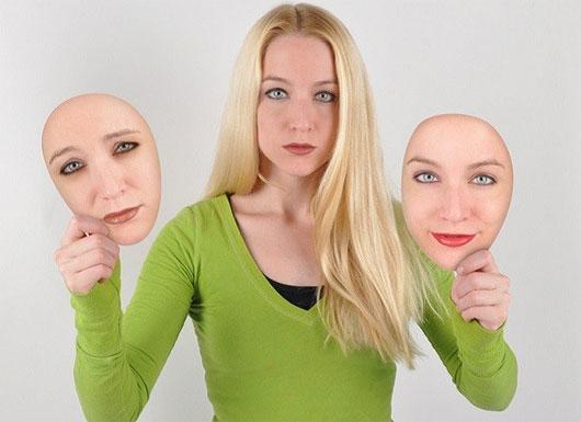 Con người là những sinh vật có khả năng thể hiện cảm xúc trên khuôn mặt nhiều nhất.