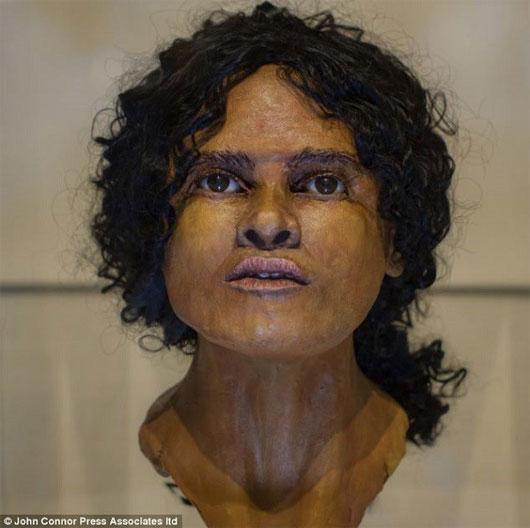 Tái tạo khuôn mặt phụ nữ từ chiếc đầu lâu 1.800 tuổi