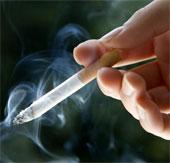 Người hút thuốc lá sợ dung nhan xấu
