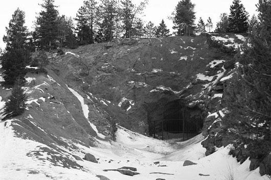 Đường hầm Gold Camp Road