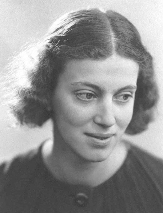 Dorothy Hodgkin - phát hiện ra cấu trúc vitamin B12