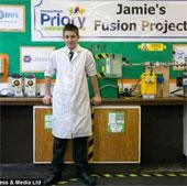 13 tuổi chế tạo lò phản ứng hạt nhân