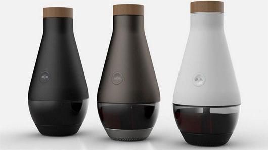 Máy giúp biến nước thành rượu vang trong 3 ngày