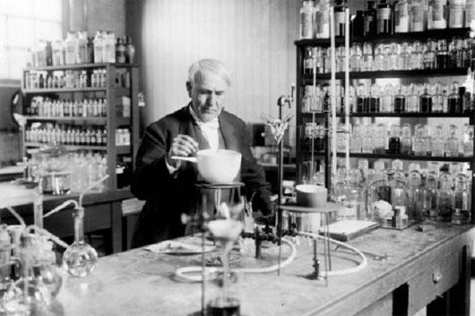 Nhà sáng chế Thomas Edison