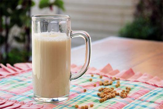 Sữa đậu nành chứa nguồn phytoestrogen dồi dào