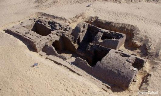 Phát hiện lối vào kim tự tháp bí ẩn ở thánh địa Abydos