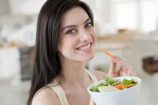 Trong khi ăn chúng ta cũng cần kiêng kị một số điều để đảm bảo sức khỏe