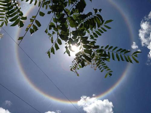Hiện tượng thiên nhiên kỳ thú trên bầu trời Việt Nam