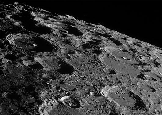 Mặt Trăng ''ra đời'' muộn hơn Hệ Mặt Trời 95 triệu năm
