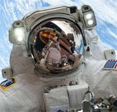 Robot bác sĩ trong không gian