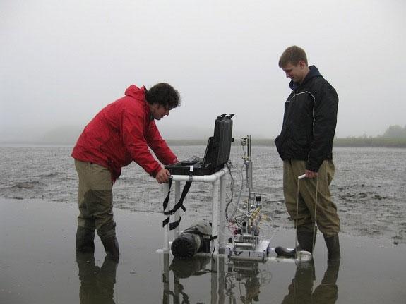 Robot đào sâu dưới nước