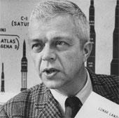 Kỹ sư John Houbolt: Người giấu mặt giúp Mỹ thắng trong cuộc đua Mặt trăng