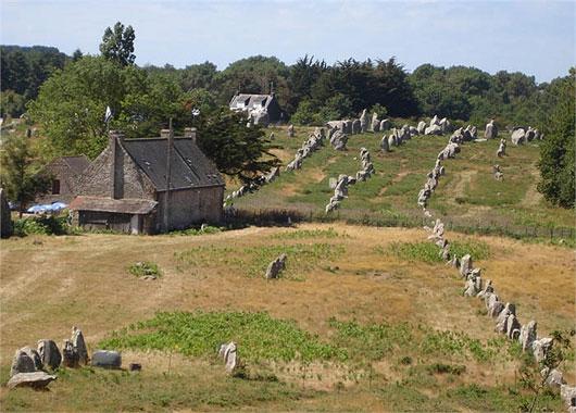 Rừng tượng đá bí ẩn thời tiền sử ở nước Pháp
