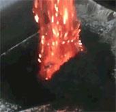 """Video: Những """"phép màu"""" của hóa học"""