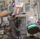 Vấn đề ẩm thực đối với các nhà du hành vũ trụ