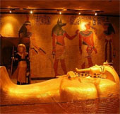 Ai Cập phát hiện nhiều khu lăng mộ cổ thời Pharaoh
