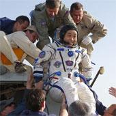3 nhà du hành trong đội bay MKS-38 trở về Trái Đất an toàn