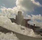 Video: Cảnh kinh hoàng khi mắc kẹt trong tàu chìm