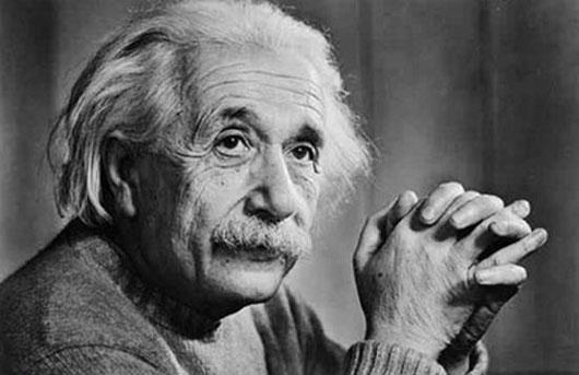 Chính những câu hỏi có vấn đề của Einstein khi còn đi học đã giúp ông trở thành nhà khoa học lỗi lạc sau này.