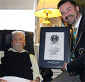 Cụ ông 111 tuổi đạt kỉ lục Guinness thế giới