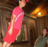 Kỳ lạ căn nhà thách thức quy luật về trọng lực