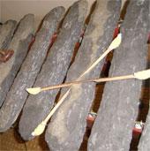 Đắk Nông phát hiện hai bộ đàn đá có niên đại hơn 3.000 năm
