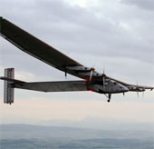 Máy bay năng lượng Mặt Trời Solar Impulse 2 kết thúc bay thử