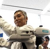 Panasonic ra mắt khung robot có thể trợ lực cho con người