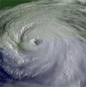 Sức hủy diệt của bão phụ thuộc vào cách đặt tên?