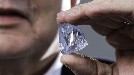 """Phát hiện viên kim cương xanh """"siêu khủng"""""""
