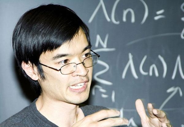Terence Tao - IQ 225-230
