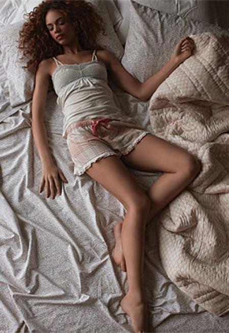 Tư thế ngủ nào tốt cho phụ nữ?
