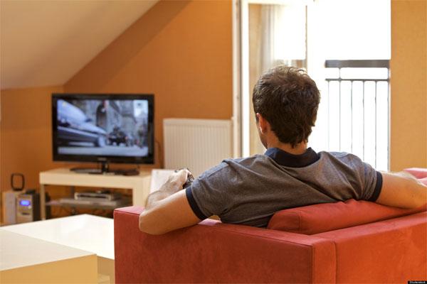 Người nghiện xem tivi có nguy cơ chết sớm cao