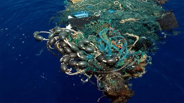 35.000 tấn nhựa trôi trên các đại dương thế giới