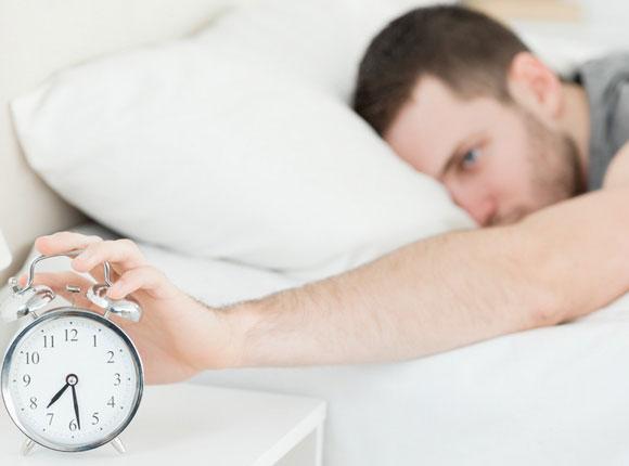 Thói quen buổi sáng gây hại cho sức khỏe