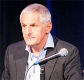 Nhà nghiên cứu AIDS hàng đầu thế giới tử nạn trong MH17