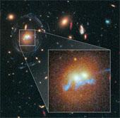 Chuỗi ngọc trai nối kết 2 thiên hà