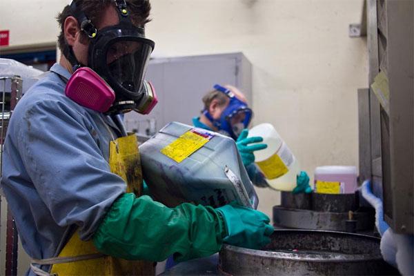 Hé lộ cách Mỹ tiêu hủy vũ khí hóa học chết người