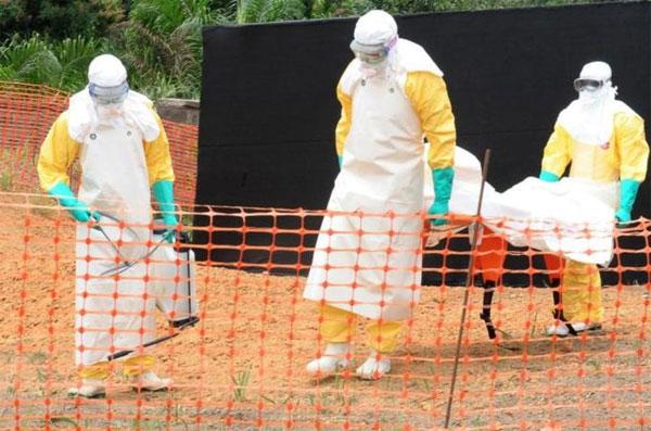 Tây Phi vật lộn kiểm soát dịch Ebola