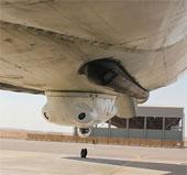 Lá chắn tên lửa ở bụng máy bay