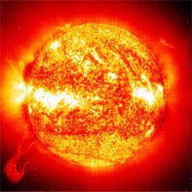 Lý giải nguyên nhân khí quyển Mặt trời nóng hơn bề mặt