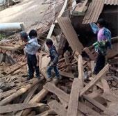 Cảnh tan hoang ở Vân Nam sau động đất