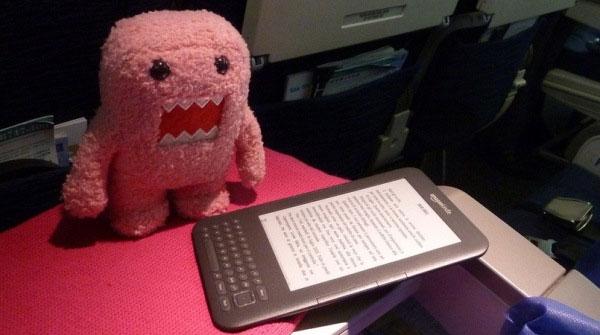 Những điều cần biết về việc sử dụng thiết bị điện tử trên máy bay